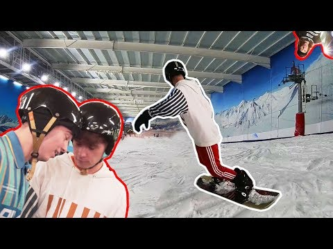 FIRST TIME SNOWBOARDING  *IT HURT*