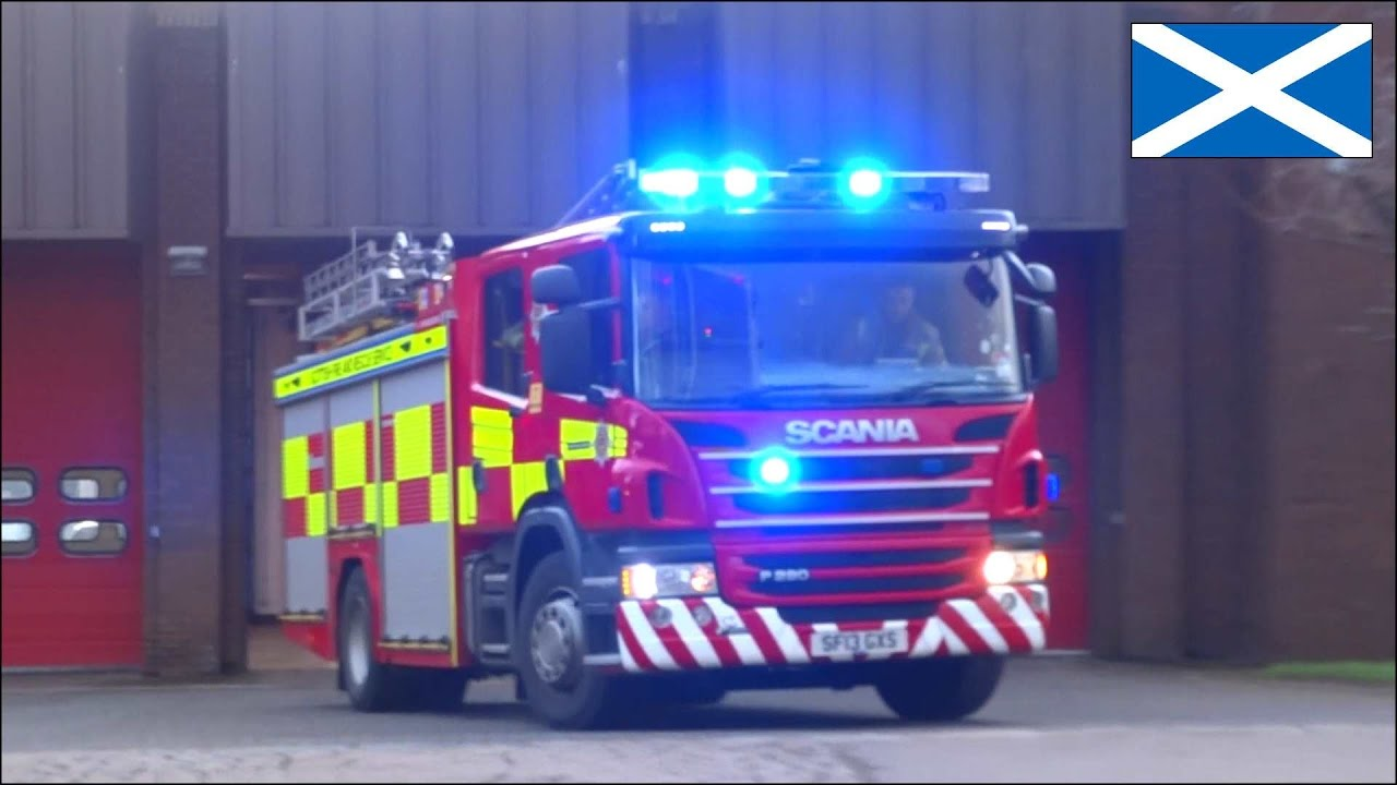 Fire engine responding in Scotland - Scania P280 Rescue Pump