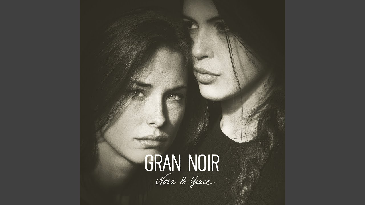 Nora Noir Nude Photos 34