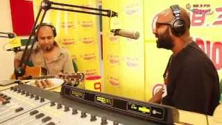 Watch Daaru Desi singer Benny Dayal unplugged in Mirchi Studios.