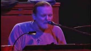 The Allman Brothers Band Soulshine Live at the Beacon Theatre 2003.