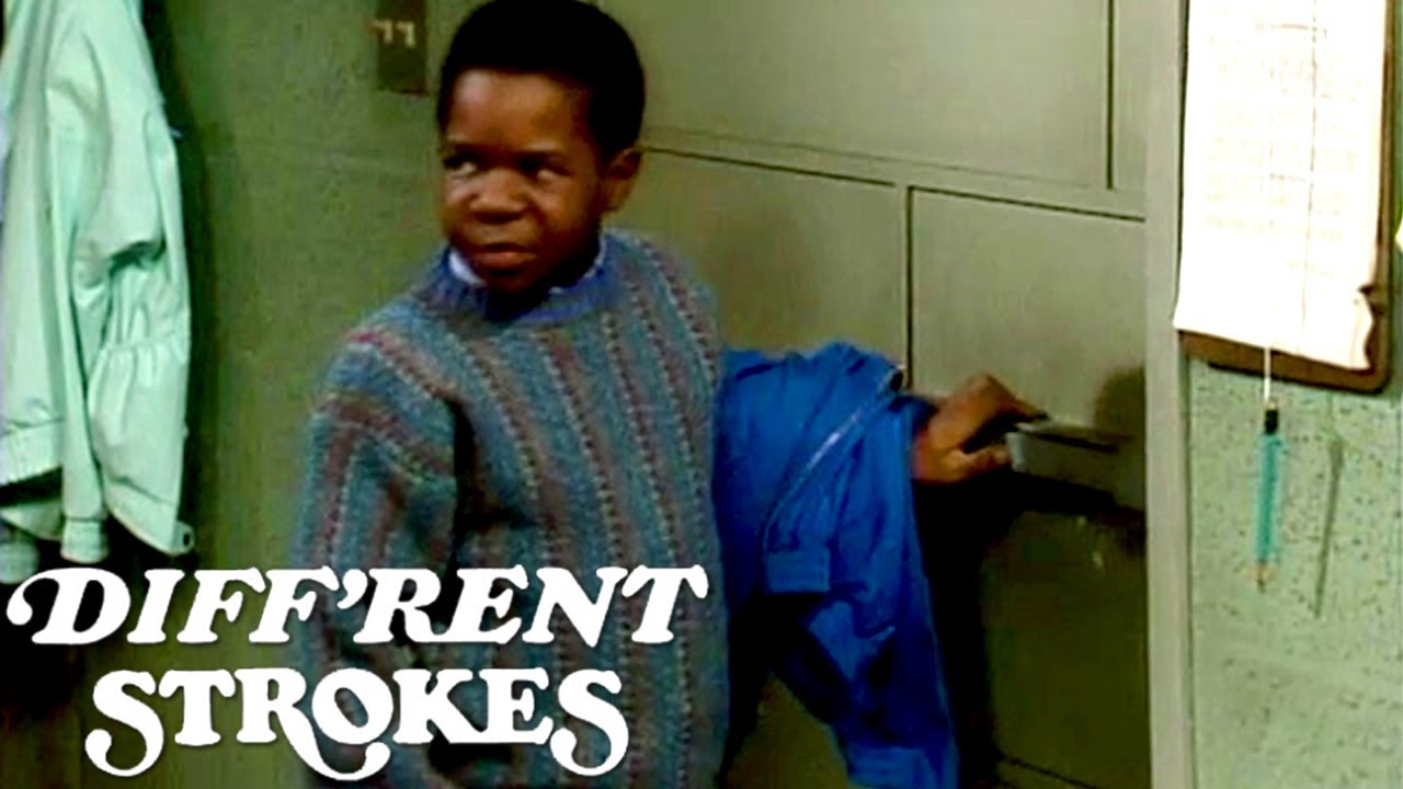 Arnold Is Trapped In A Darkroom | Diff'rent Strokes