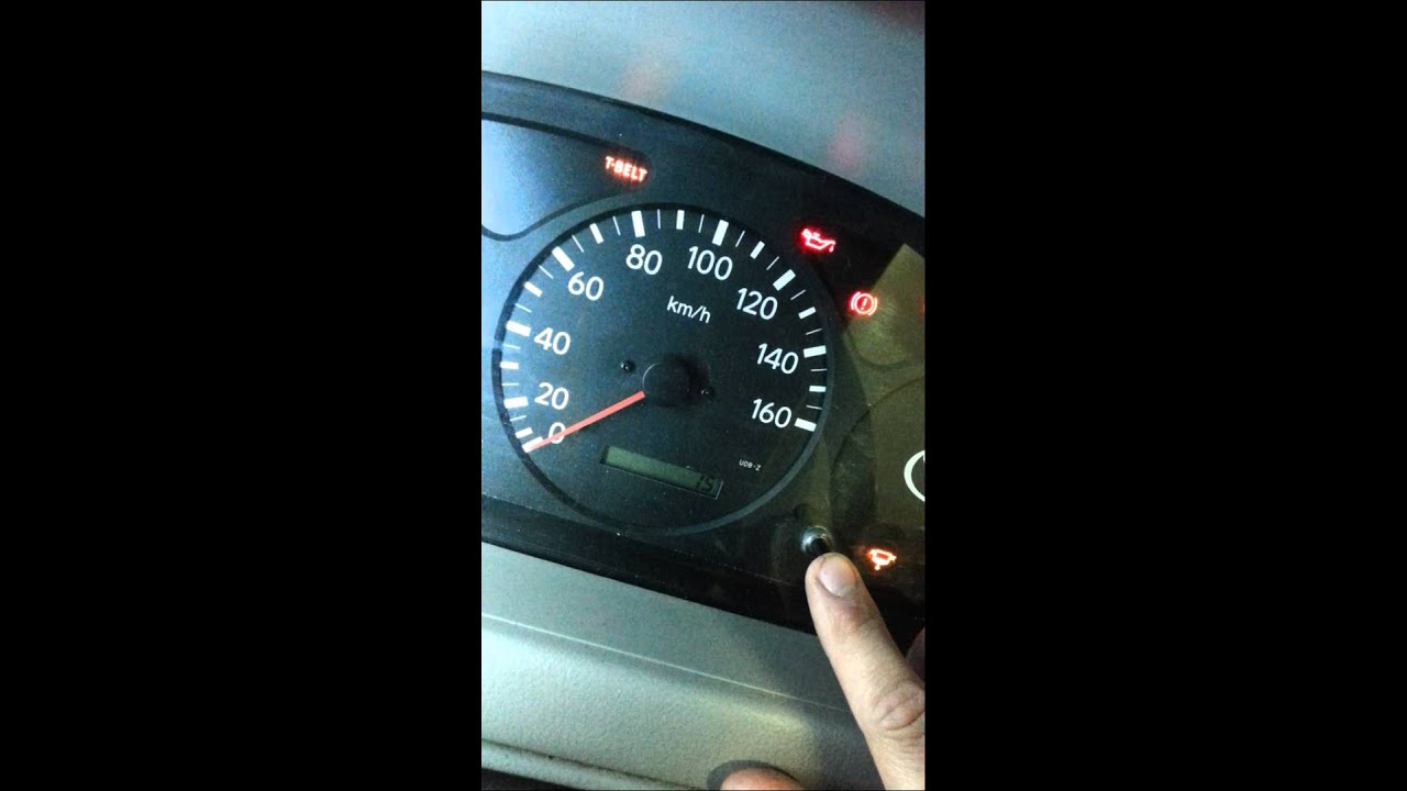 Toyota Dyna Landcrusier Tbelt light reset  YouTube