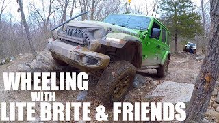 WHEELING WITH LITE BRITE & FRIENDS! Mojito Jeep Finally Gets Muddy!