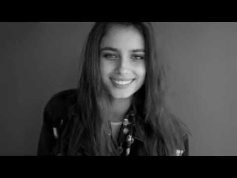 AW16   Hello Taylor Hill