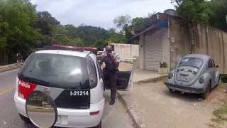 Tentativa de assalto no túnel da Vila Zilda / Attempted robbery in Guarujá-Brasil - Completo