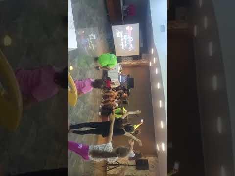 Karaoke cu Edina