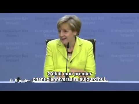 Un Journaliste Allemand Chante Joyeux Anniversaire A Angela Merkel