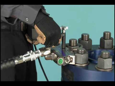 Bolt And Washer >> HYTORC Stealth - Hydraulic Torque Wrench - YouTube