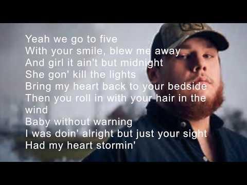 Hurricane  Luke Combs lyrics