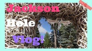 Video Jackson Hole Wyoming Town Square Shootout Vlog! download MP3, 3GP, MP4, WEBM, AVI, FLV Mei 2018