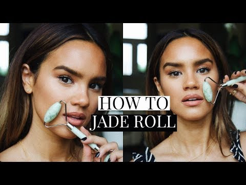 how-to-use-a-jade-roller!-jade-roll-tutorial!-|-dacey-cash