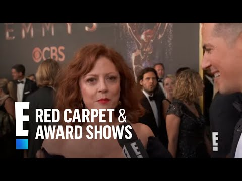 Susan Sarandon Can't Get Enough of Her E! Gift at 2017 Emmys