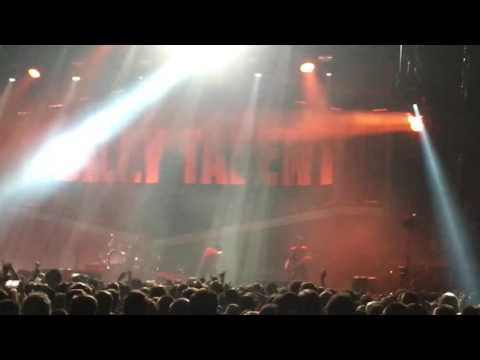 Billy Talent - Try Honesty (live, Berlin, Max-Schmeling-Halle, 09.12.2016)