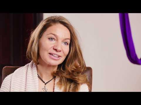 Yogalehrer Ausbildung mit Franziska Reuß vom Burnout zum erfüllten Leben | [Video Impression]