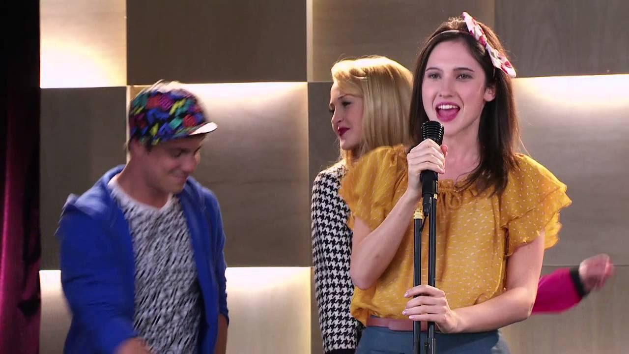 Francesca canta ¨Alcancemos las estrellas¨   Momento Musical   Violetta