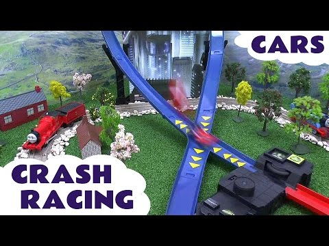 Disney Cars Crash Racing Spider-Man Play Doh Thomas and Friends Lightning McQueen + Bloopers Toys