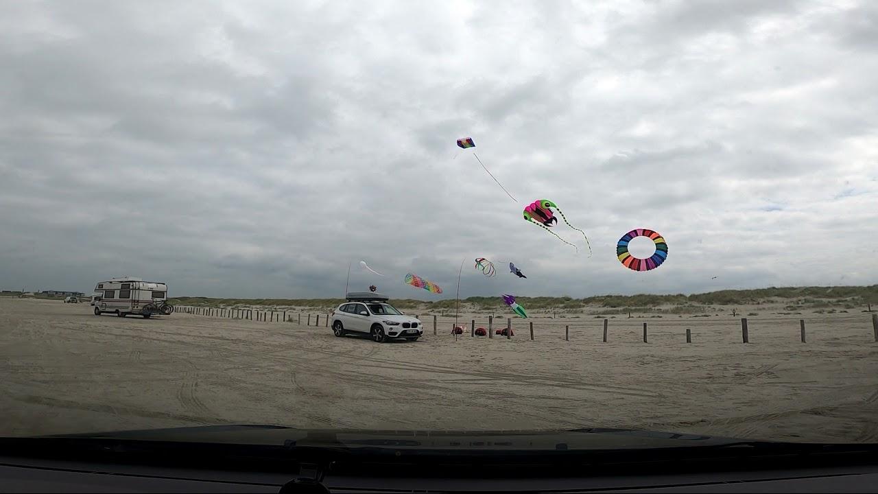 Sankt Peter Ording 21 7 2021 Lenkmatte fliegen am Strand
