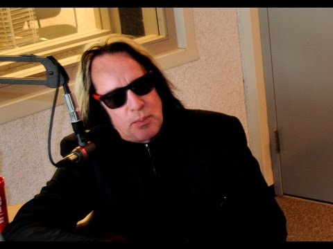 December 2015 - Todd Rundgren Discusses Nazz & His Early Day