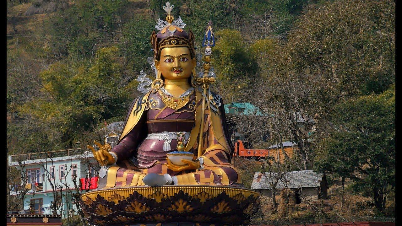 На перехрестях шляхів Христа, Будди, Шиви, Магомета. 4К Ultra HD - Видео