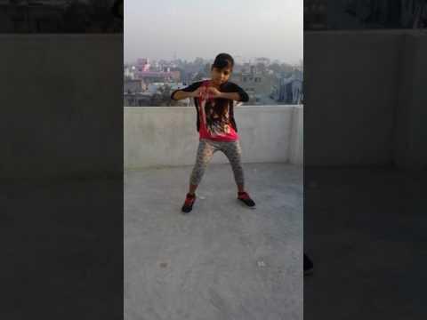Aye mere humsafar slow motion beautiful dance