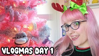 Vlogmas Day 1: Decorating the Tree!