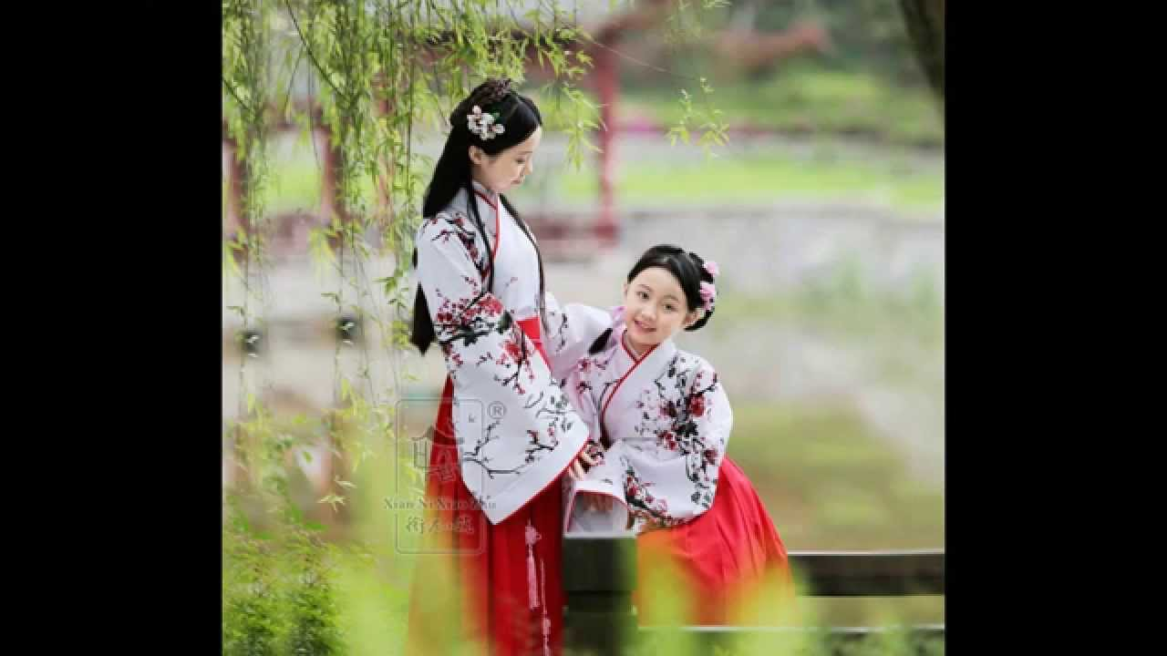 Children In Chinese Traditional Costume Hanfu 兒童漢服 Youtube