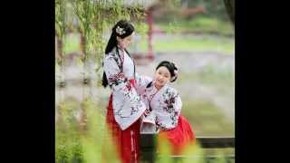children in chinese traditional costume hanfu 兒童漢服