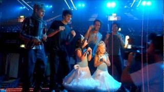 Sophia Grace & Rosie Sing With ONE DIRECTION | Sophia Grace