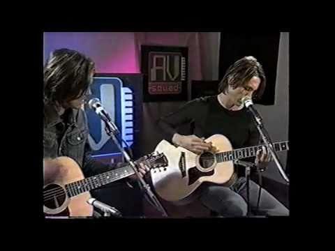 Swirl 360  Okay  Acoustic AV Squad Burly Bear for Van Wilder