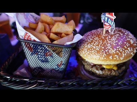 Stars N Bars - Abu Dhabi, UAE - Great Place to Grab a Hamburger