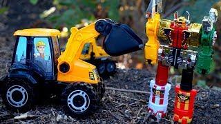 Тоботы, Робот - трансформер и Трактор. Игрушки для детей. Собираем трактор
