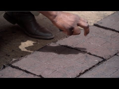 Recycled plastic turned into pavement blocks in Ghana