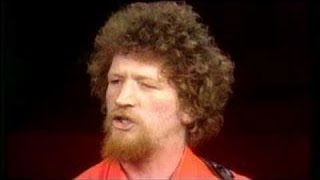 Luke Kelly-Tramps And Hawkers-Lyrics
