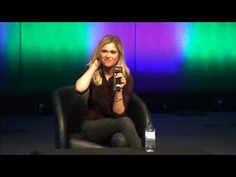 Eliza Taylor  Oz Comic Con  Day 2