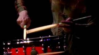 Evelyn Glennie performs PRIM by Askell Masson on snare drum