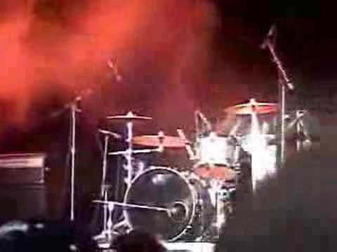 Quiet Riot Drum Solo