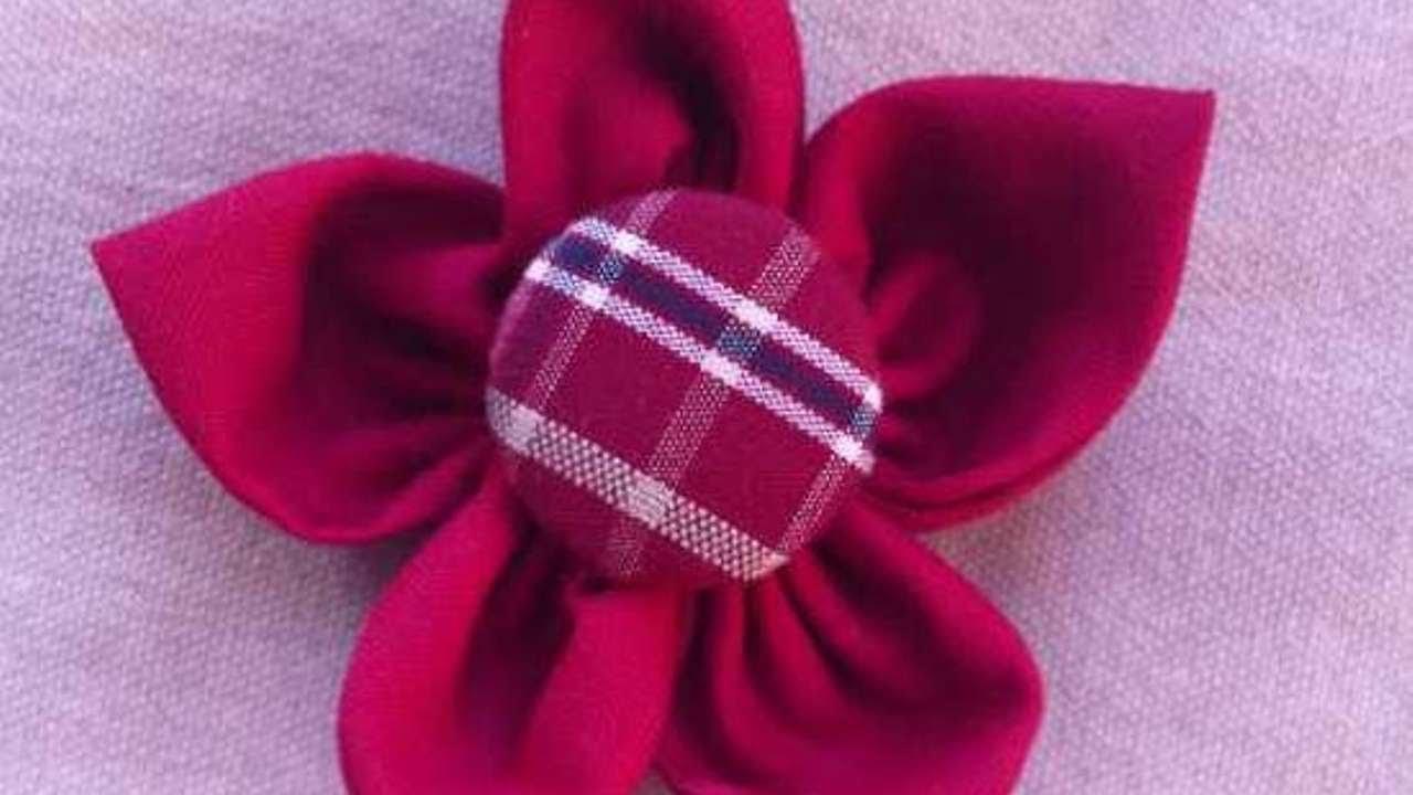 Crea una bella spilla a forma di fiore di stoffa fai da for Fermaporta fai da te in stoffa