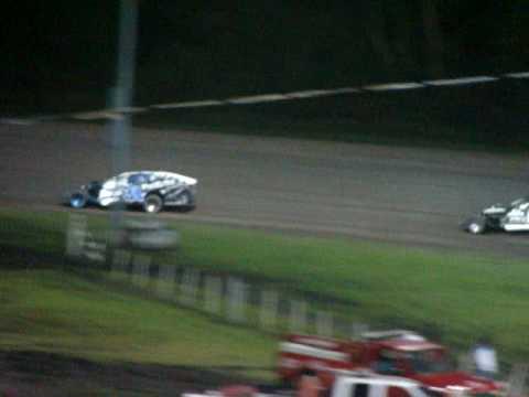 todd van eaton win at adams county speedway 7-17-2010 (lap 3 to finish)