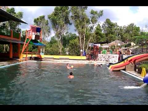 Taman Wisata Air Rumah Kayu Twark Tempat Wisata Di Bandung