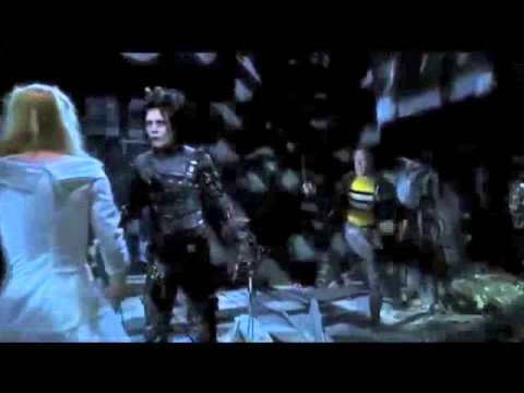 edward scissorhands essay jim Edward scissorhands the movie edward scissorhands emphasises how hard it is for a person out of the norm to actually be accepted by society people judge.