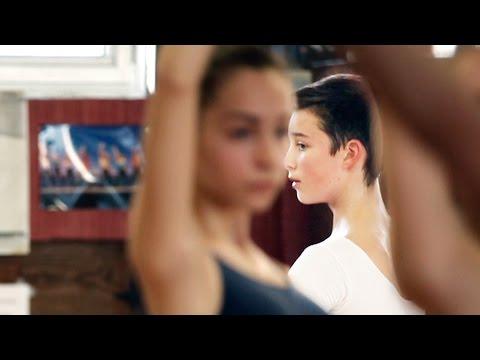 プロのバレエダンサーを目指す少年たちを追う!映画『バレエボーイズ』予告編