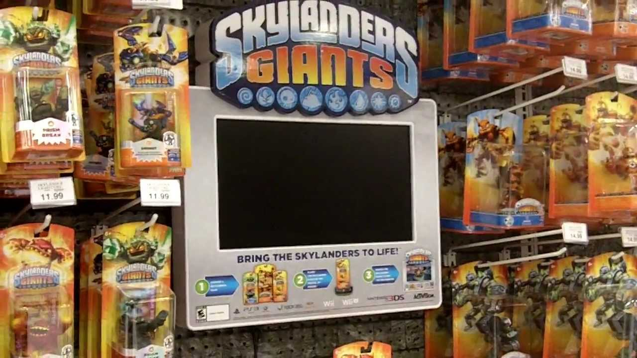 Skylanders Toys R Us : Skylanders giants figures arrive at toys r us back
