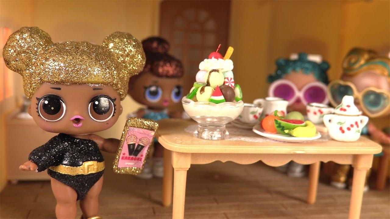 Poupes LOL Maison de Queen Bee Luxe et Srie Glitter Histoires de Poupes  YouTube