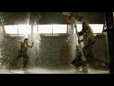 Resident Evil׃Afterlife Alice And Claire Redfield VS  Axeman