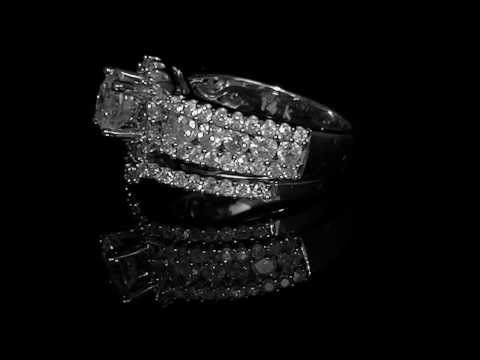 2 1/2 CTW Diamond Engagement Ring Wedding Band Bridal Set in 14K White Gold