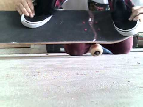 how to kickflip on a skateboard