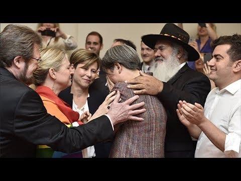 Gay senator Penny Wong cries with joy as Australia backs same-sex marriage