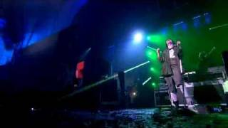 Crystal Castles - Baptism - Live At The NME Awards 2011