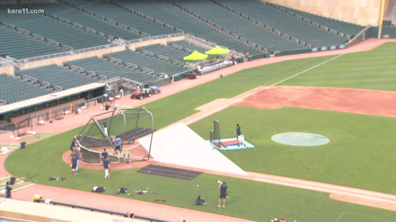 Minnesota Twins host first full team workout at Target Field
